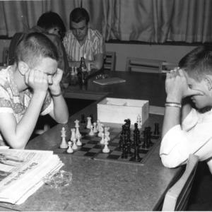 Chess game at Erdahl-Cloyd Student Union