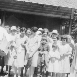 Group of farm women arriving at a Home Demonstration camp in Robeson County