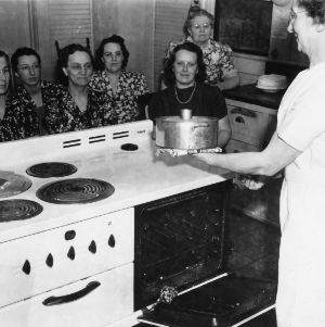 Cake baking demonstration, Alamance Co.