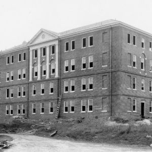 Clark Hall, construction