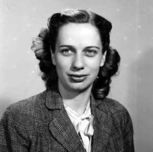 Muriel Claflin portrait
