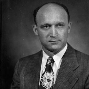 Professor Roy M. Carter