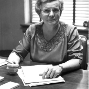 Gertrude Cox at desk