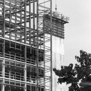 D. H. Hill Jr. Library, Stacks construction
