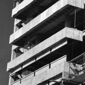 D. H. Hill Jr. Library, Tower construction