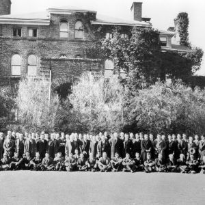 Students in front of Holladay Hall