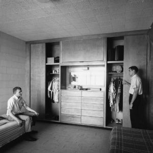 Dorm room in Lee Residence Hall