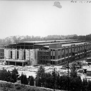 Reynolds Coliseum, construction
