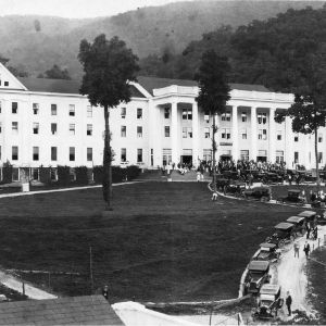 Robert E. Lee Hall, main building of the YMCA Blue Ridge Assembly.