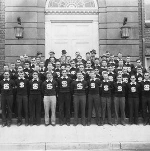 Monogram Club, 1933-1934