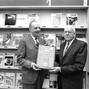 Dr. Charles Goldthwait receiving award