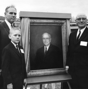 Unveiling of portrait of Dean J. H. Lampe at Engineers' Fair Opening