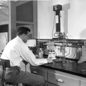 Dr. William C. Hackler in Ceramic Engineering graduate laboratory