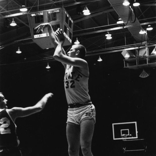 #32 takes a shot against University of South Carolina, 1966