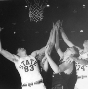 N. C. State basketball, 1952