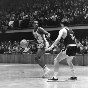 Al Heartley on court during basketball game