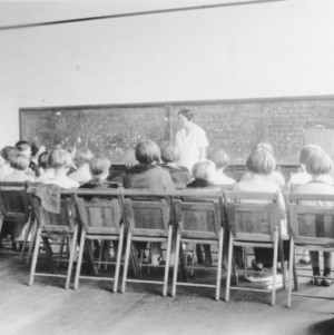4-H club members attending a Sea Level Club Meeting on March 14, 1928