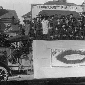 4-H Lenoir County Pig Club parade vehicle, around the time of World War I