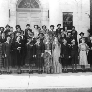 4-H club members competing in the 1937 4-H Dress Revue
