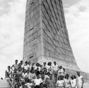 Manteo 4-H club campers at Wright Brothers Memorial