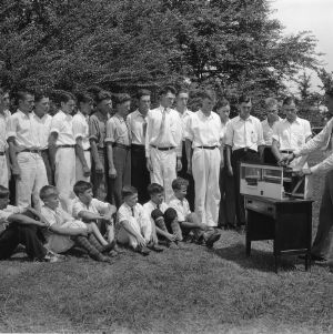 Instructor demonstrating chicken coop design to boys at North Carolina State 4-H Short Course, 1932