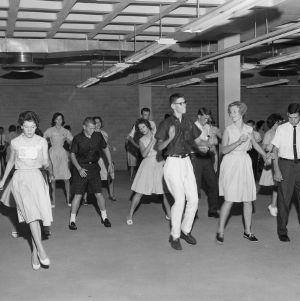 4-H club members dancing