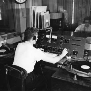 WVWP, 1952