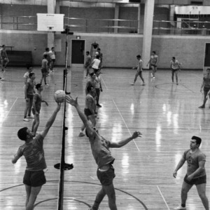 Intramural mens volleyball