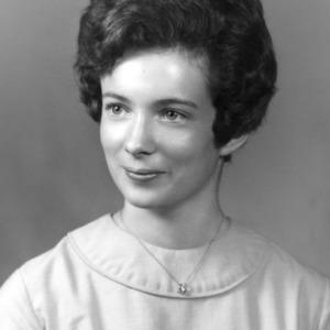 4-H member Maureen Nixon portrait