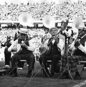 Homecoming halftime entertainment, 1974