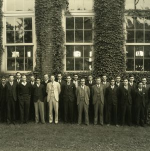 Senior class of 1929 with faculty in front of Tompkins Hall