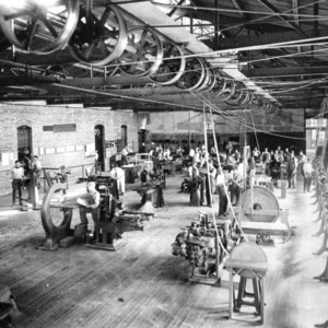 Textile class in machine room in Tompkins Hall