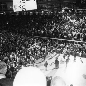 Coach Norm Sloan shooting the last shot in Reynolds Coliseum