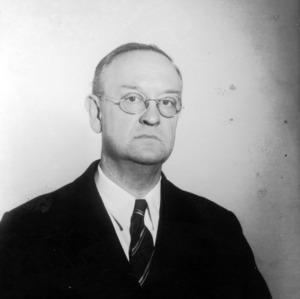 Dr. I. V. Shunk portrait