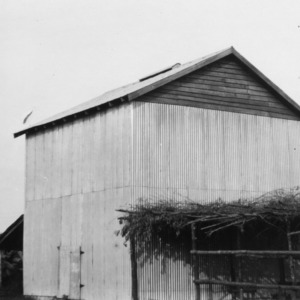 Metal tobacco barn, Nash County, North Carolina, July 26, 1928