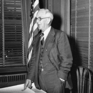 Dean I. O. Schaub presenting at the 1947 Better Methods at Congress