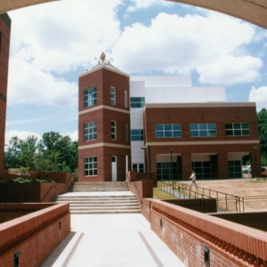 Research III Building on Centennial Campus