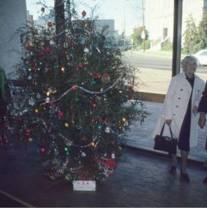 USA Christmas tree, honorable mention