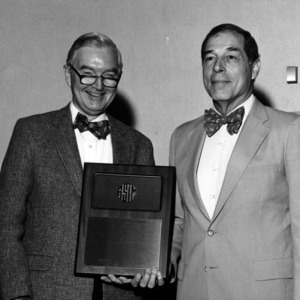 Grigg Mullen and other with plaque