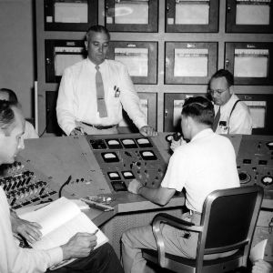 Raymond Murray and others in Nuclear Engineering reactor facilities