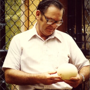 Dr. Donald Davis. Professor of Avian Medicine