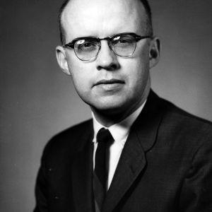 Vernon E. Holt portrait