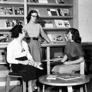Engineering coeds in the student engineer's lounge in Riddick Building