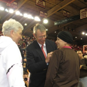 Jeanne Peck awarded the Courage Angel Pin