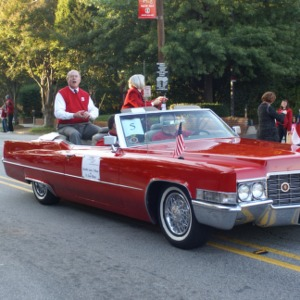 Chancellor Jim Oblinger in the 2008 Homecoming Parade