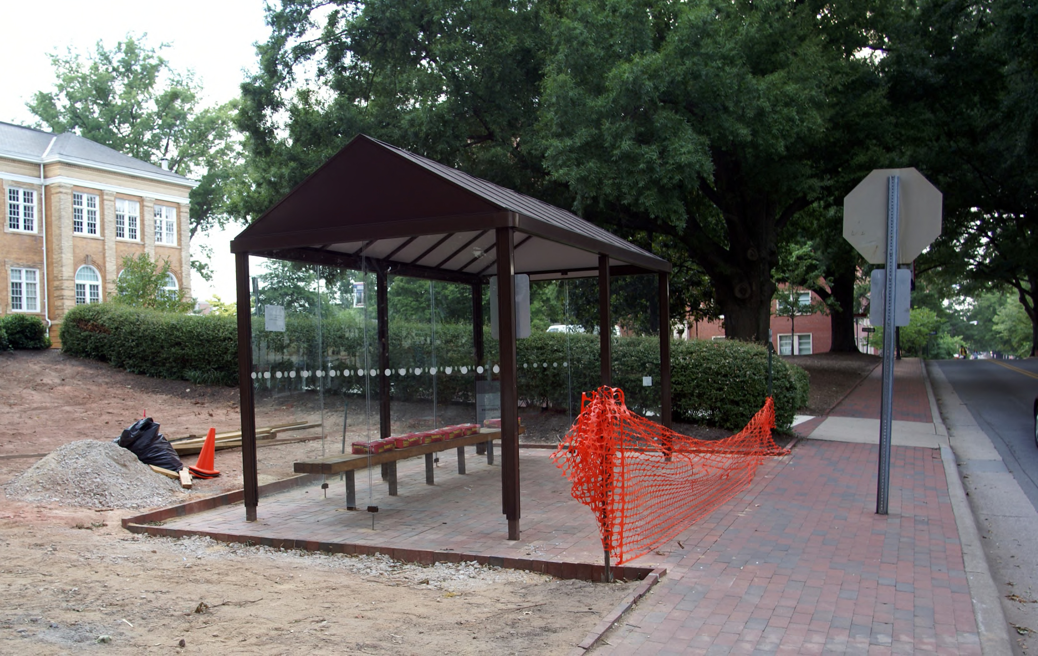Patterson Hall Bus Stop August 2008