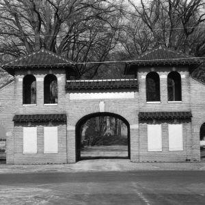View, Maplewood Cemetery Gates, Wilson, Wilson County, North Carolina
