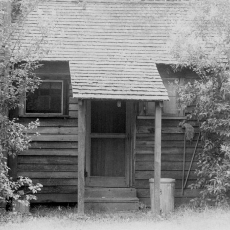 View with rear door, Shaw House, Southern Pines, North Carolina
