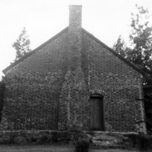 Side view with chimney, Jamestown Friends Meeting House, Jamestown, North Carolina