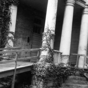 Entrance detail, State Bank of North Carolina, Raleigh, North Carolina